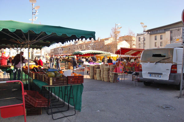 Der Markt in Aubagne im Winter.